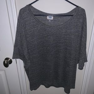 Cozy and thin heathered t-shirt.